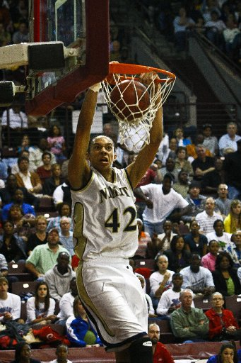 Brittney Griner Swats Baylor Past No. 1 Tennessee