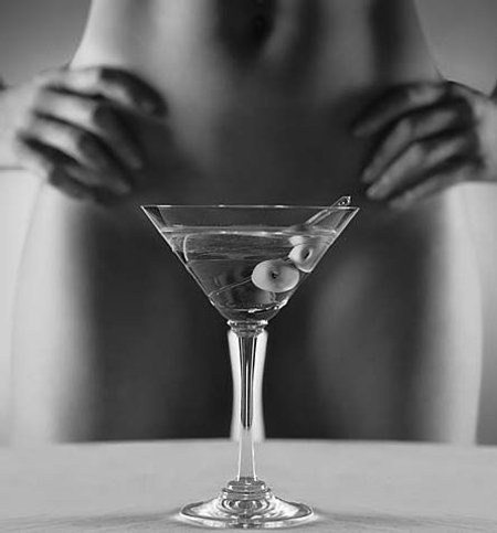 How To Make The Ultimate Hotel Martini