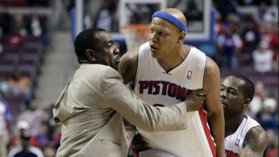 Kobe makes slur and Villanueva loses his mind
