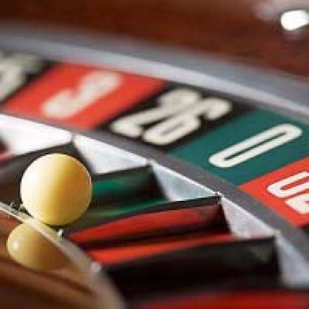 Florida casino push dies; Cosmopolitan loses $139.5m; MGM's undercover boss
