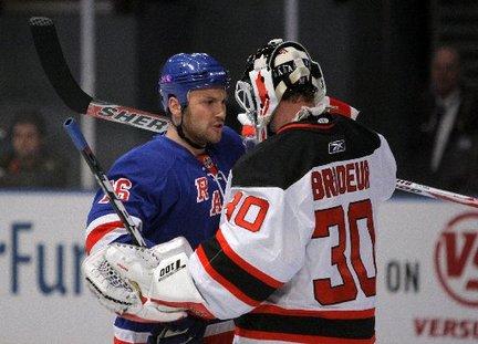 Rangers waive Sean Avery