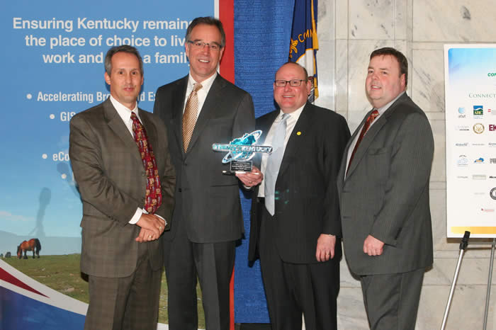 Kentucky Chamber of Commerce study reveals racetrack casinos could generate $1.7 billion
