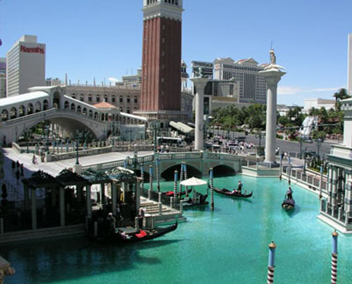 Thief strikes the Venetian; Baccarat fraudster jailed; Johnson appointed as Lipparelli replacement