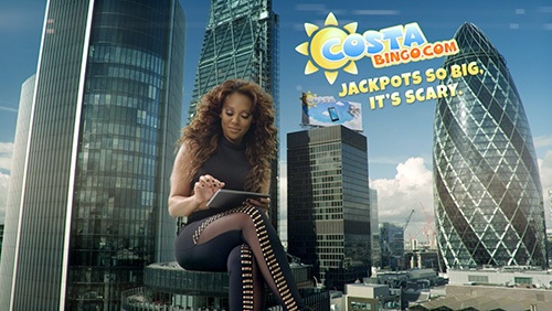 Attack of the 200 Foot Spice Girl – Costa Bingo Unleashes Giant Pop Star on London in Advertising BLITZ