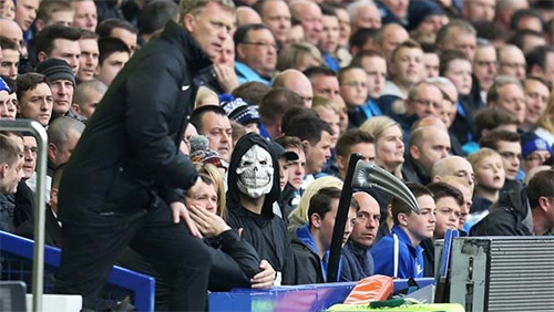 Paddy Power Pull Grim Reaper Stunt at Goodison Park