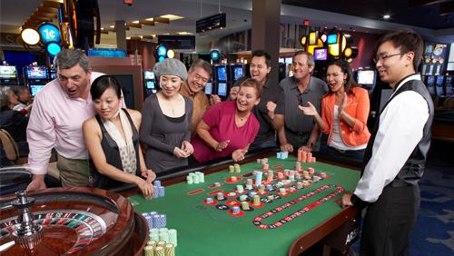 Bermuda banks on casinos to bolster tourism