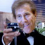 Billionaire Steve Wynn tosses verbal grenade at 'poor people' during Vegas expansion announcement