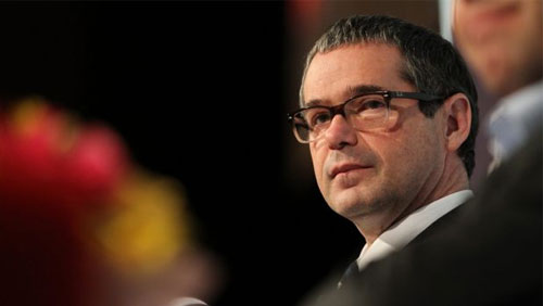 Stephen Conroy steps up fight vs in-wagering ads in Australia