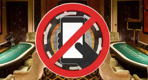 Macau regulator warns casinos, junkets to observe phone ban