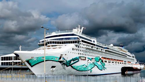 Genting Hong Kong trims down stake in Norwegian Cruise Line