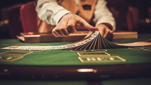 Las Vegas Sands to increase term loan, share buyback