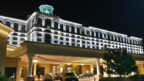 Shareholders approve Dover Downs, Twin River merger