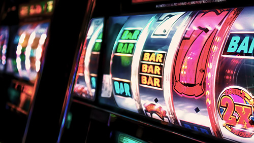 Upstate New York casinos reduce slot machines to cut costs