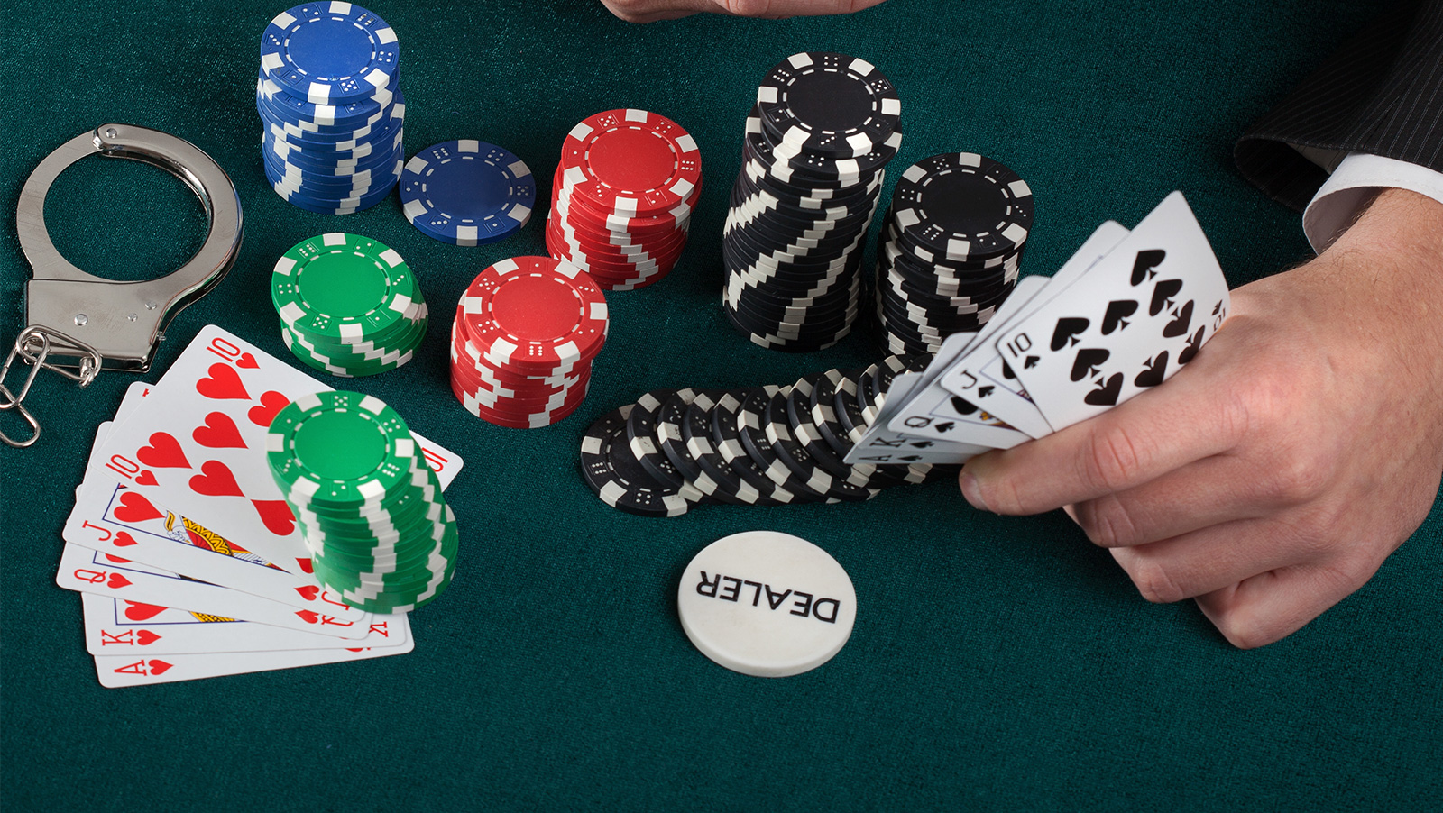 Illegal casino in North Carolina busted, arrests pending