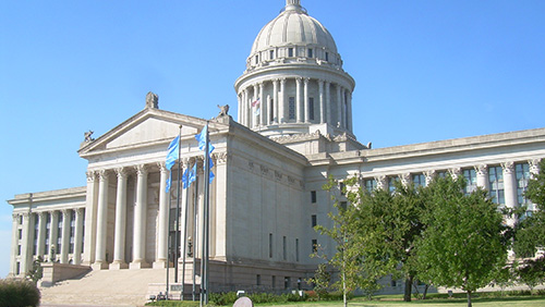 Oklahoma gov wants new tribal gaming compacts, tribes say no