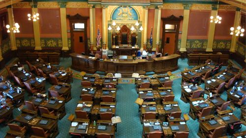 Michigan mulls bills to remove political contribution ban by casinos
