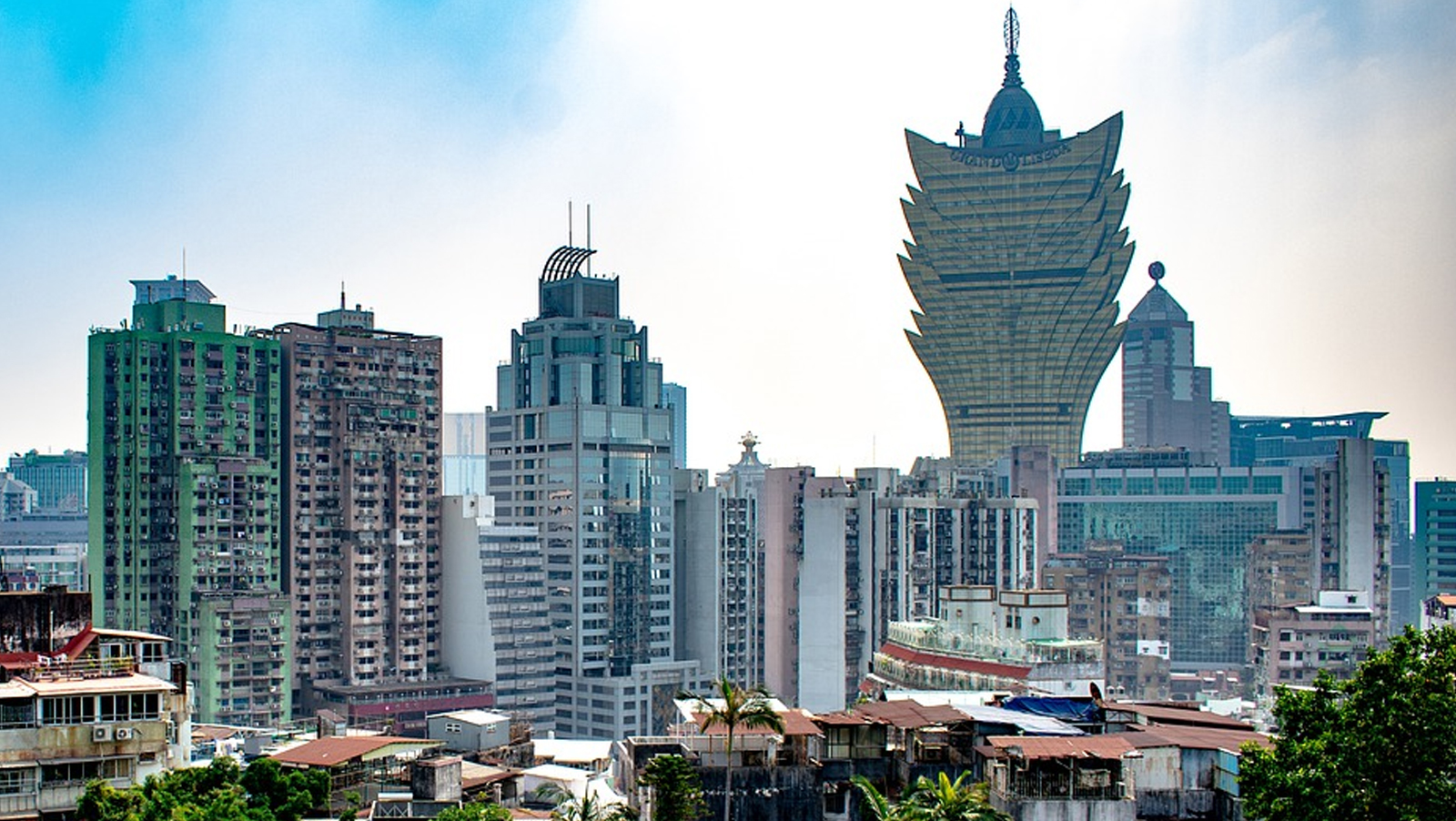 why-and-how-to-buy-the-macau-panic-ft