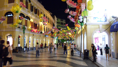 macau-encourages-operators-and-junkets-to-avoid-layoffs