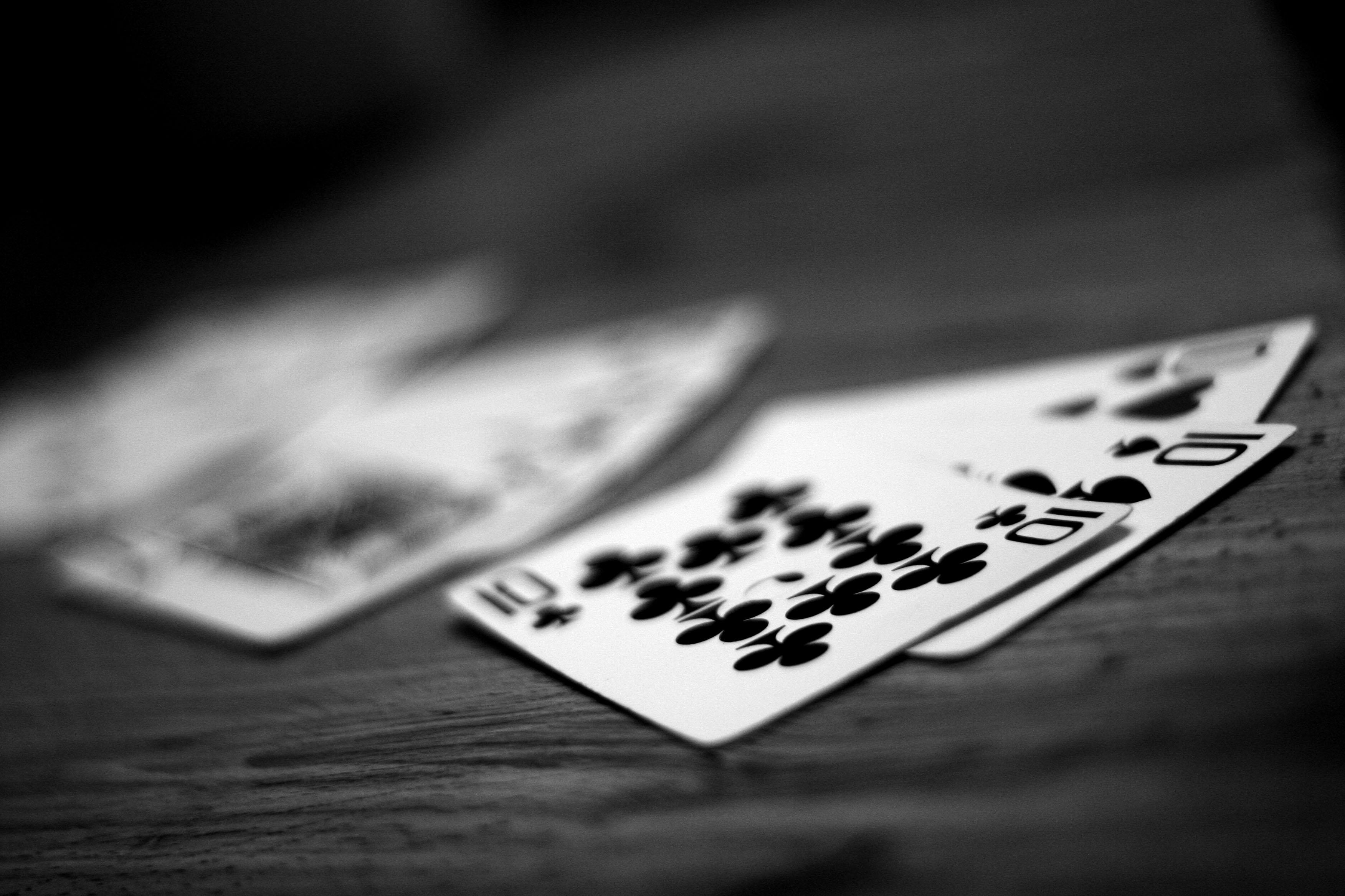 Chess master among PokerStars elite