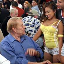 L.A. Lakers owner to become pro poker player?