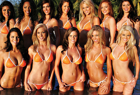 Will Tiger Woods swing with the Hooters at the Masters