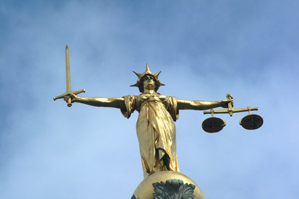 Ex-Betfair and PartyGaming chiefs sue 3i for £6m