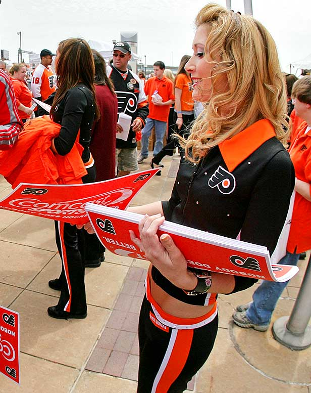 Stanley Cup Final Game 2: Flyers At Blackhawks