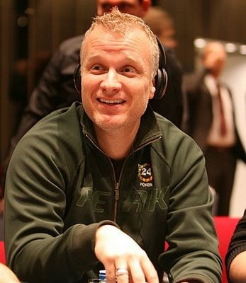 Jorgenson signs with PokerStars