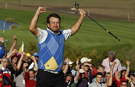 Europe retain Ryder Cup amid final day fireworks