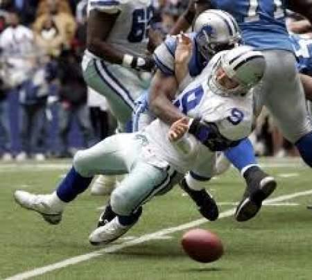 Tony Romo dropping the ball in Dallas
