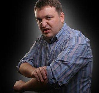 Tony G calls online poker forum posters nerds