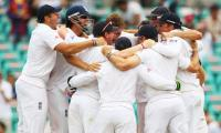 england-celebrate-ashes-win