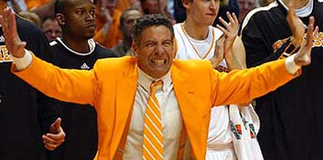 Tennessee fires Bruce Pearl