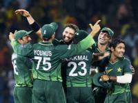 Pakistan captain Shahid Afridi celebrates wicket