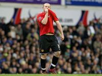 Rooney scores against Everton