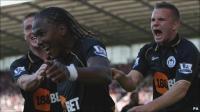 Hugo Rodallega celebrates goal