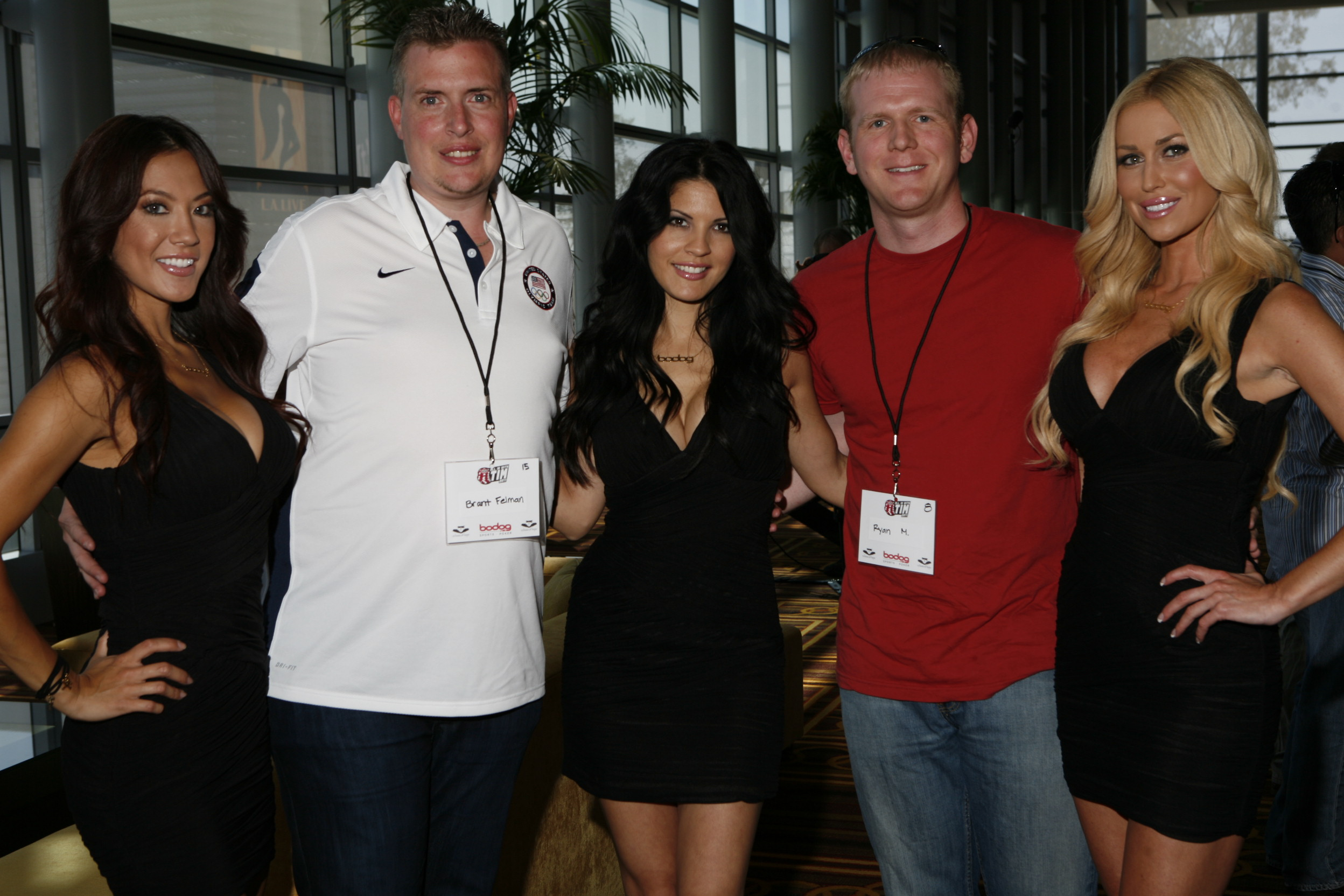 Bodog girls with players