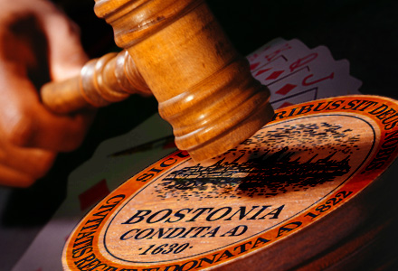Casino Bill passes House, Online Poker Survives