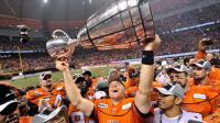 Travis Lulay lifts Grey Cup