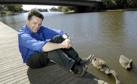 Xenophon recommends scrapping Aussie gambling act