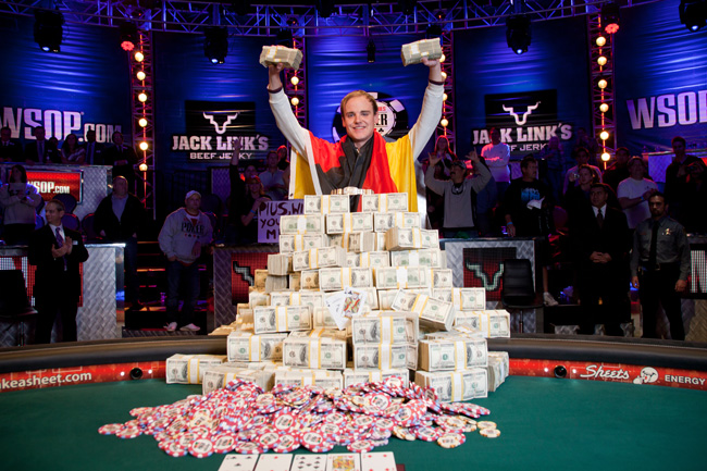 WSOP 2011 Champion