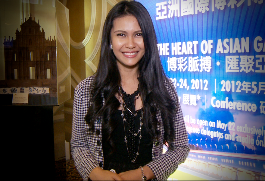 g2e-global-gaming-expo-asia-2012-angelia-ong-day-1-summary-video