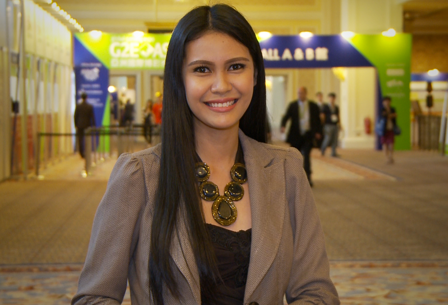 g2e-global-gaming-expo-asia-2012-angelia-ong-day-3-summary-video