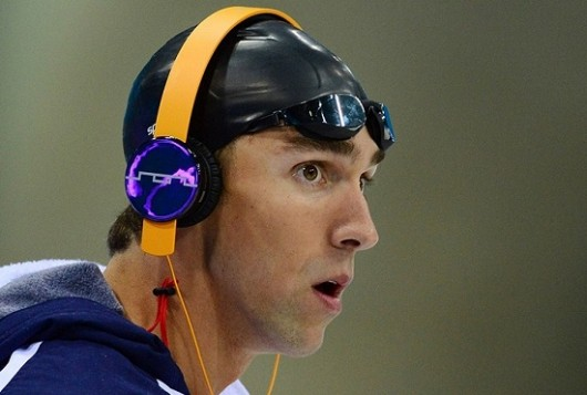 Is Michael Phelps ready to dive into the world of poker?