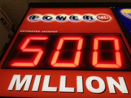 Two ticket holders to split $580 million after hitting Powerball jackpot
