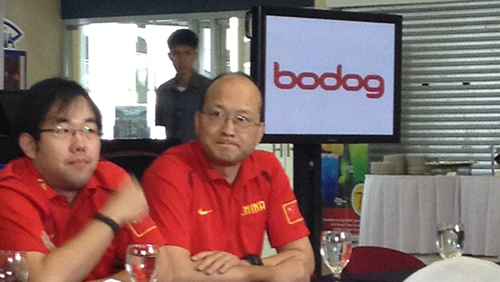 China team manager Xiong Zhang (right) during Fiba Asia Championship 2013 press conference