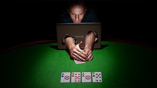 Обучение в игру покер онлайн на столе в казино