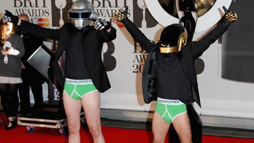 paddypower-bamboozle-o2-security-at-mastercard-brit-awards-featured