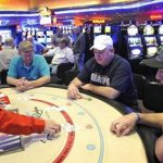 South Dakota casino imposes English-only and No-cellphone policy on its players