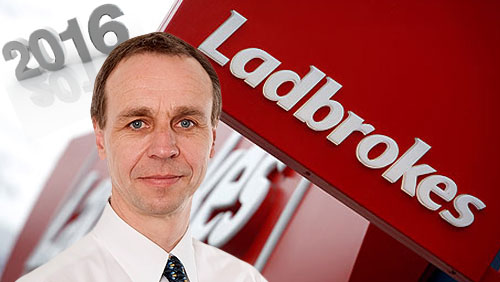 Ladbrokes Chief Financial Officer Ian Bull to Leave in Feb 2016
